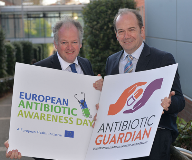 Chief Medical Officer (CMO), Dr Michael McBride and Chief Veterinary Officer (CVO), Robert Huey joined forces today on European Antibiotic Awareness Day (EAAD)