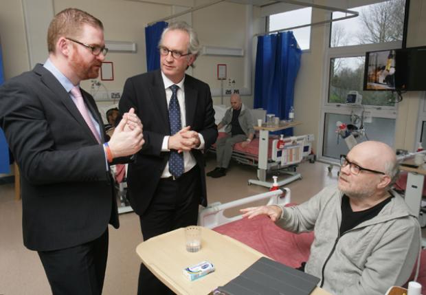 Simon Hamilton visits Musgrave Park Hospital