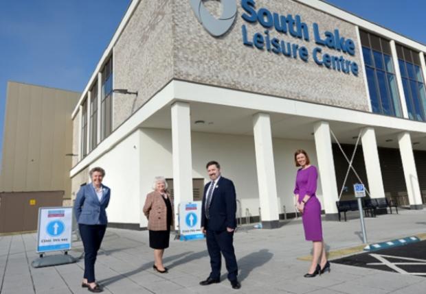 Craigavon Hospital visit by Minister Swann